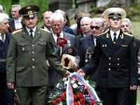 Литовских ветеранов предупредили о запрете советской символики