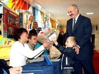 Александр Лукашенко напомнил Дмитрию Медведеву о базах