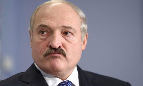 Лукашенко посчитал поведение России неприличным