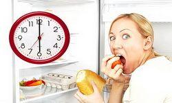 Ученые развеяли миф о вреде пищи после 6 вечера