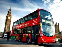 В Лондоне водитель-мусульманин остановил автобус, чтоб совершить намаз