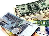 Курс евро к доллару упал до 10-месячного минимума