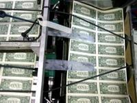 Испанская полиция изъяла 1,3 миллиона фальшивых долларов