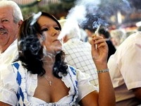 Посетителям баварских баров запретят курить