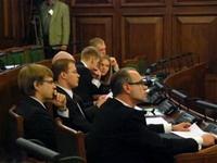 Сейм Латвии забраковал поправки о госстатусе русского языка
