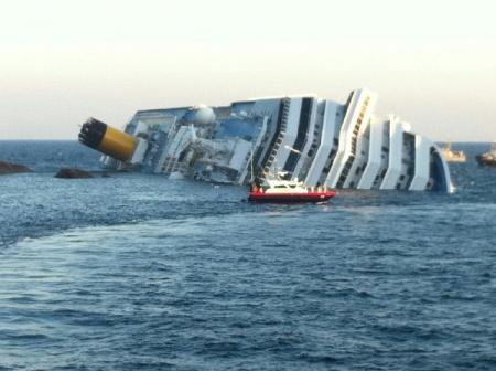 Крушение круизного судна у берегов Италии