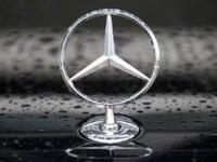 """""""Мерседесу"""" все трудней угнаться за BMW и Audi"""