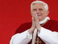 "Папа Бенедикт XVI: ""Я ухожу ради блага церкви"""