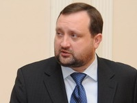 Правительство Украины не собирается подавать в отставку