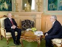 Лукашенко: Я осуждаю Януковича как друга
