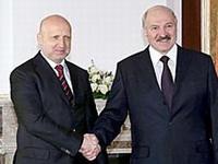 Лукашенко экстренно обсудил с Турчиновым ситуацию в Славянске