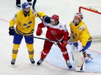 Действующие чемпионы мира начали турнир с уверенной победы на Данией