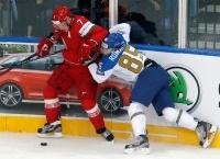 Белорусские хоккеисты одержали волевую победу над Казахстаном