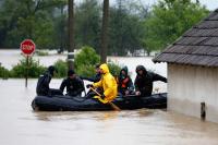 В Сербии объявлен режим чрезвычайного положения из-за наводнения
