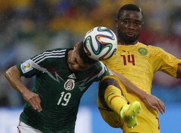 Судейские ошибки не помешали Мексике обыграть Камерун