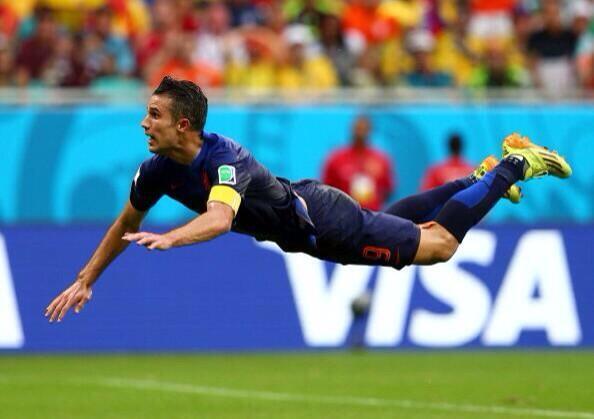 Голландия разгромила Испанию на ЧМ-2014 по футболу