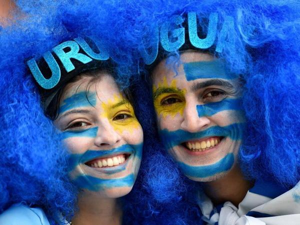 Уругвай победил Италию и прошел в плей-офф ЧМ-2014 по футболу