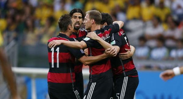 Сборная Германии разгромила Бразилию 7:1 в полуфинале ЧМ-2014 по футболу