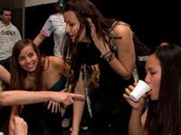 Playboy назвал самые веселые университеты США