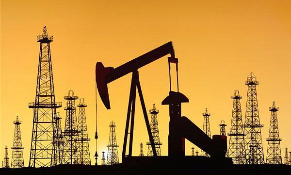 Стоимость нефти Brent и WTI рухнула более чем на 2%