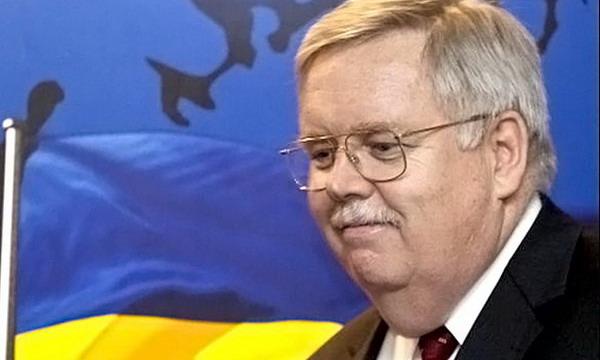 Посол США в Москве назвал пути выхода из украинского кризиса