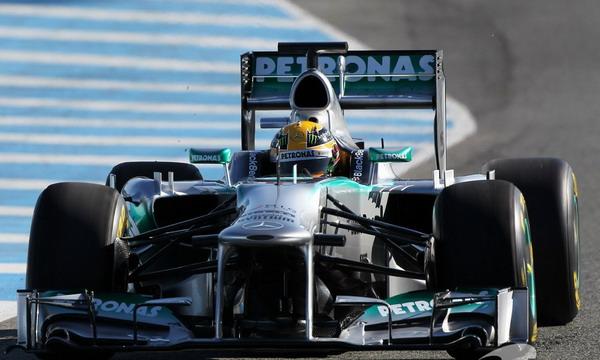 Хэмилтон стал двукратным чемпионом Формулы-1