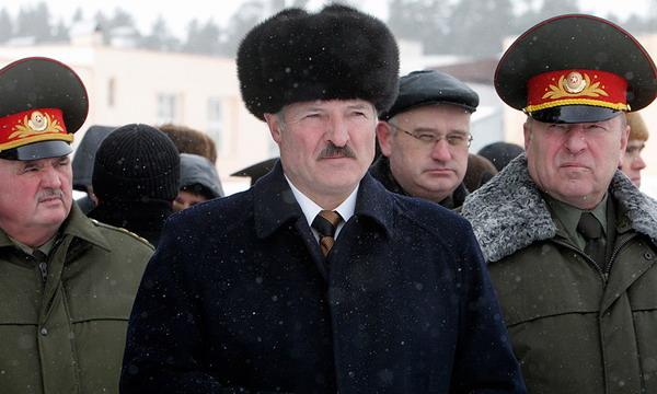 Лукашенко боится «вежливых людей»