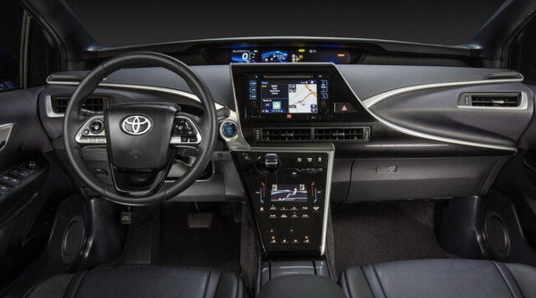 Toyota начнет продажи серийного автомобиля на водороде Toyota Mirai