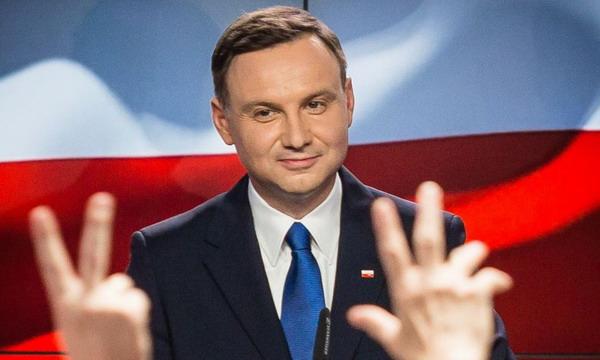Анждей Дуда победил на выборах президента Польши