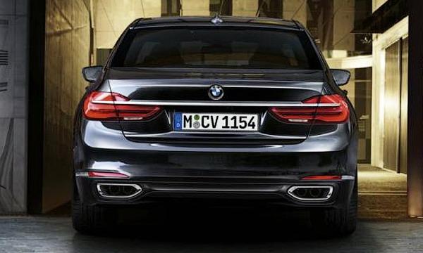 Компания БМВ представила новое поколение BMW 7-Series G11/G12