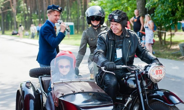 """Крупнейший в Восточной Европе Фестиваль ретро-мотоциклов """"Кола Часу 2016"""" пройдет 25 июня под Заславлем"""