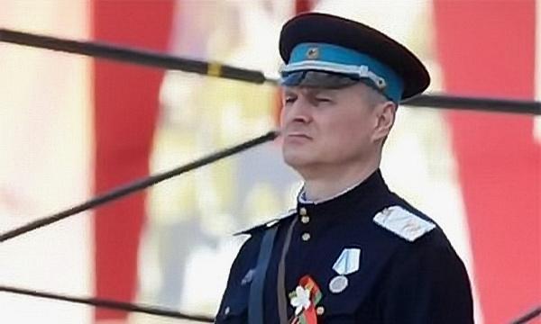 Глава МВД Шуневич награжден почётной грамотой