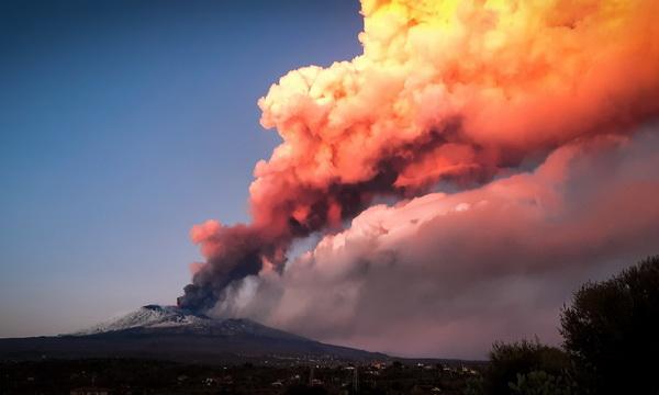 На Сицилии началось новое извержение вулкана Этна